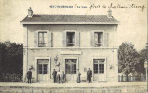 carte postale bézuet (La gare)